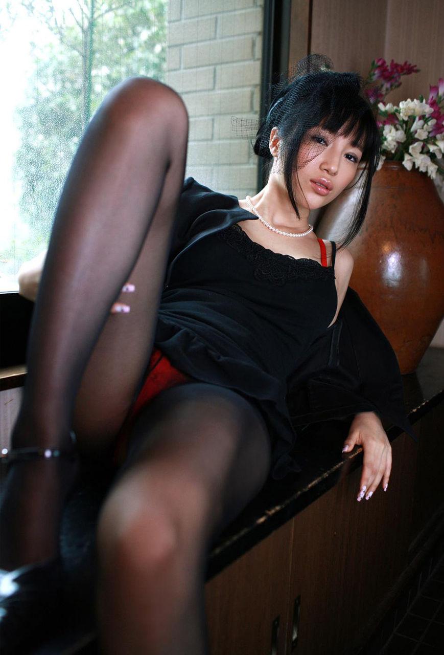喪服熟女セックス画像無修正