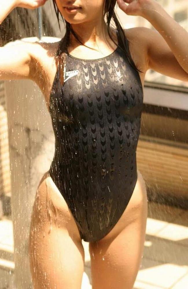 【おっぱい】ボディラインが堪らない!競泳水着から溢れるおっぱい画像!【30枚】 04