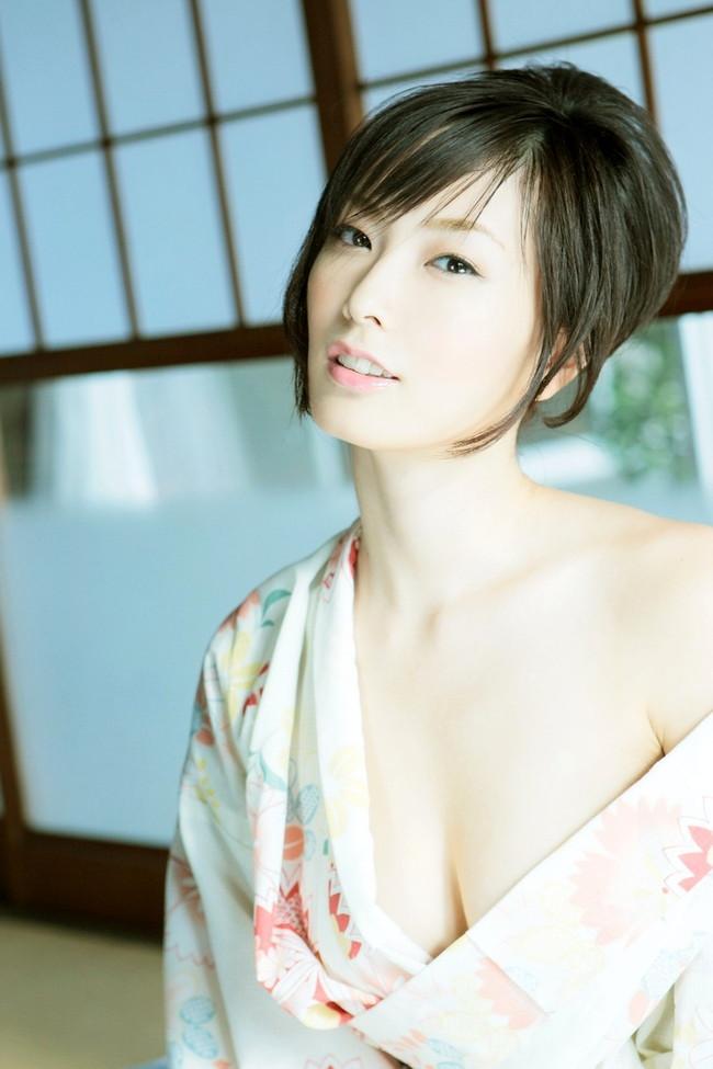 【おっぱい】妖艶で色っぽい和服美人のエロいおっぱい画像!【30枚】 11