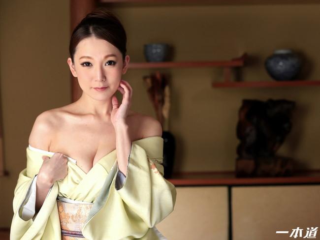 【おっぱい】妖艶で色っぽい和服美人のエロいおっぱい画像!【30枚】 16