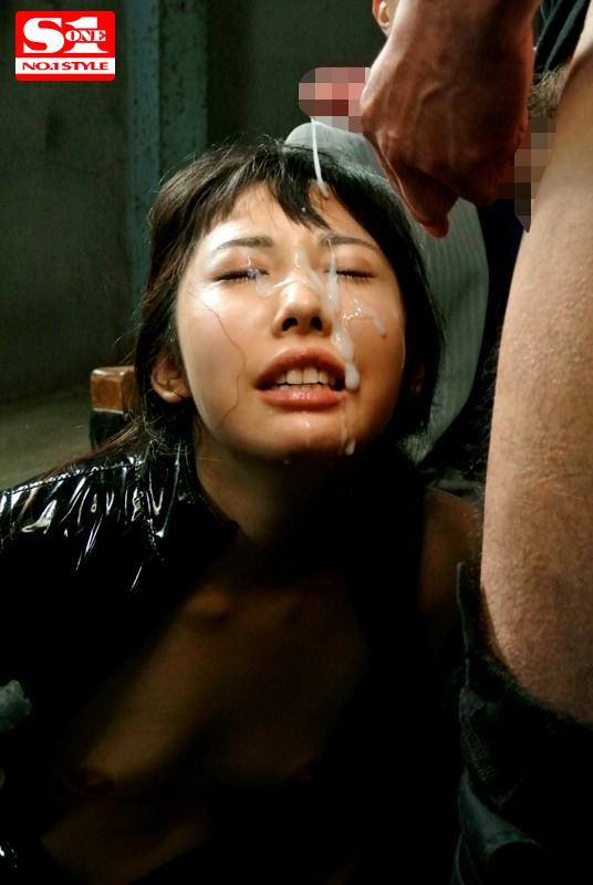 【おっぱい】顔にかけられてうっとり。顔射された女の子のエロいおっぱい画像!【30枚】 21