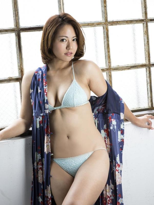 【おっぱい】ポッチャリ体型の女の子のエロすぎるおっぱい画像!【30枚】 25