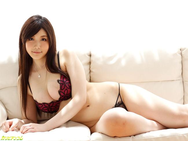 【おっぱい】可愛くて大人びた女子大生のエロすぎるおっぱい画像【30枚】 07