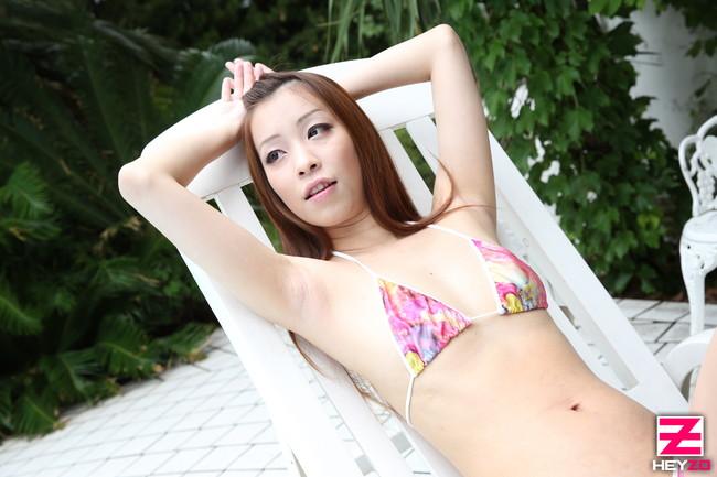 【おっぱい】水着を着た、可愛くてエロい女の子のおっぱい画像がエロすぎる!【30枚】 05