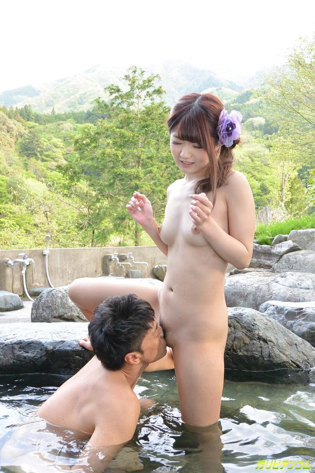 【おっぱい】温泉に入っている女の子たちのおっぱい画像がエロすぎる!【30枚】 05