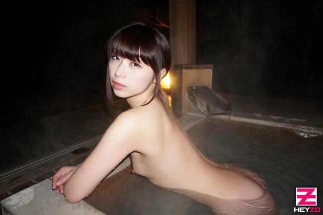 【おっぱい】温泉に入っている女の子たちのおっぱい画像がエロすぎる!【30枚】 12