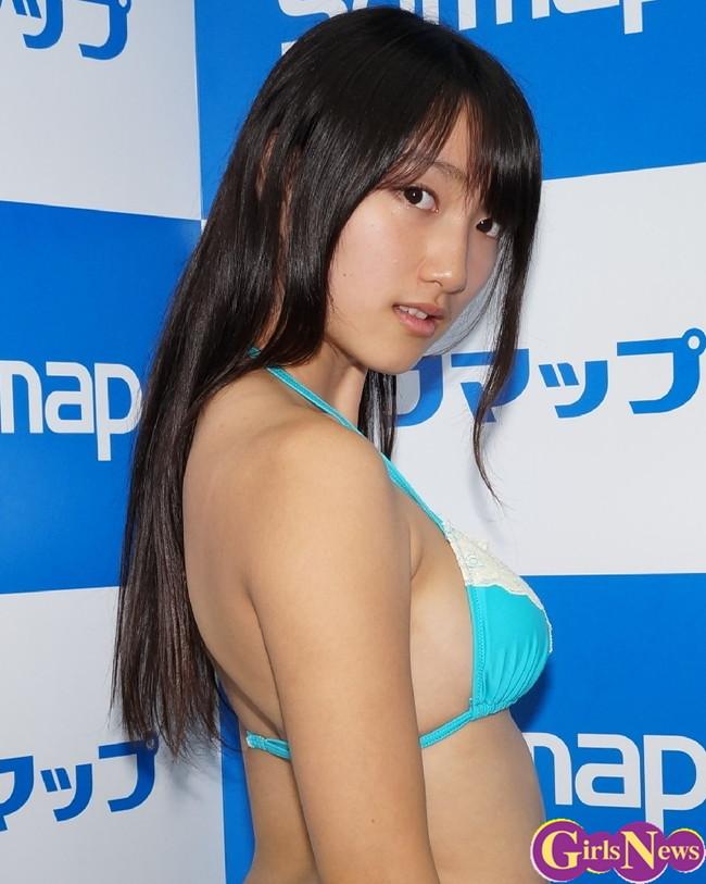 【おっぱい】若くて勢いのあるEカップの巨乳グラビアアイドルの田中菜々ちゃんの大きなおっぱい画像がエロすぎる!【30枚】 12