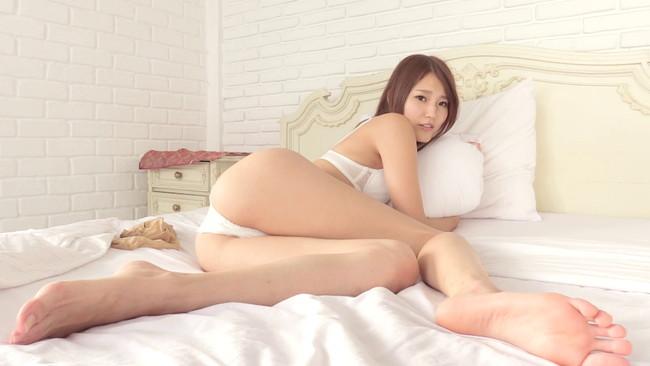 【おっぱい】レースクィーンとしても活躍しているスレンダー美女・永瀬あやちゃんのおっぱい画像がエロすぎる!【30枚】 18