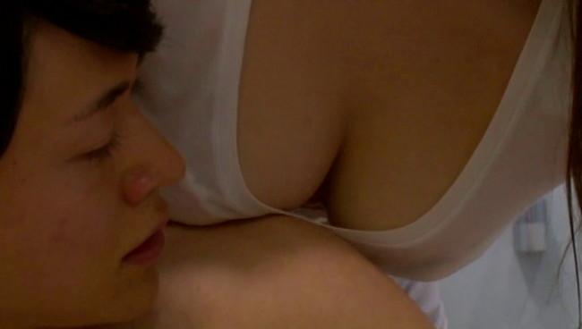 【おっぱい】突撃!隣の美人妻!お昼間から激しいセックスをしてしまう女性のおっぱい画像がエロすぎる!【30枚】 29