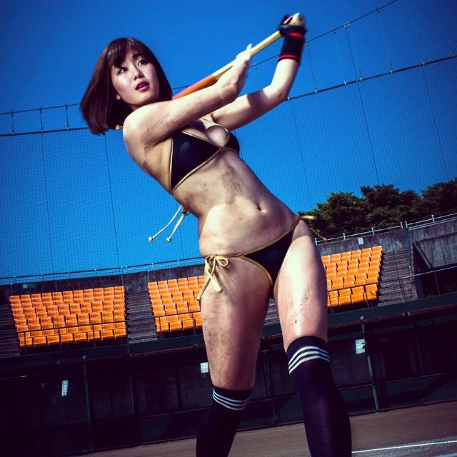 【おっぱい】CMで神スイングと言われて爆発的な人気者となった稲村亜美ちゃんのおっぱい画像がエロすぎる!【30枚】 13