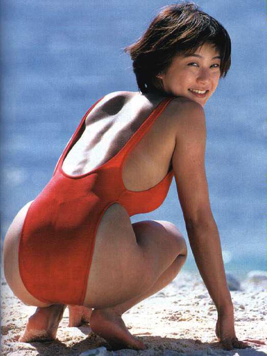【おっぱい】体型がスレンダー!ハイレグ水着がとても似合っているような女の子のおっぱい画像がエロすぎる!【30枚】 15