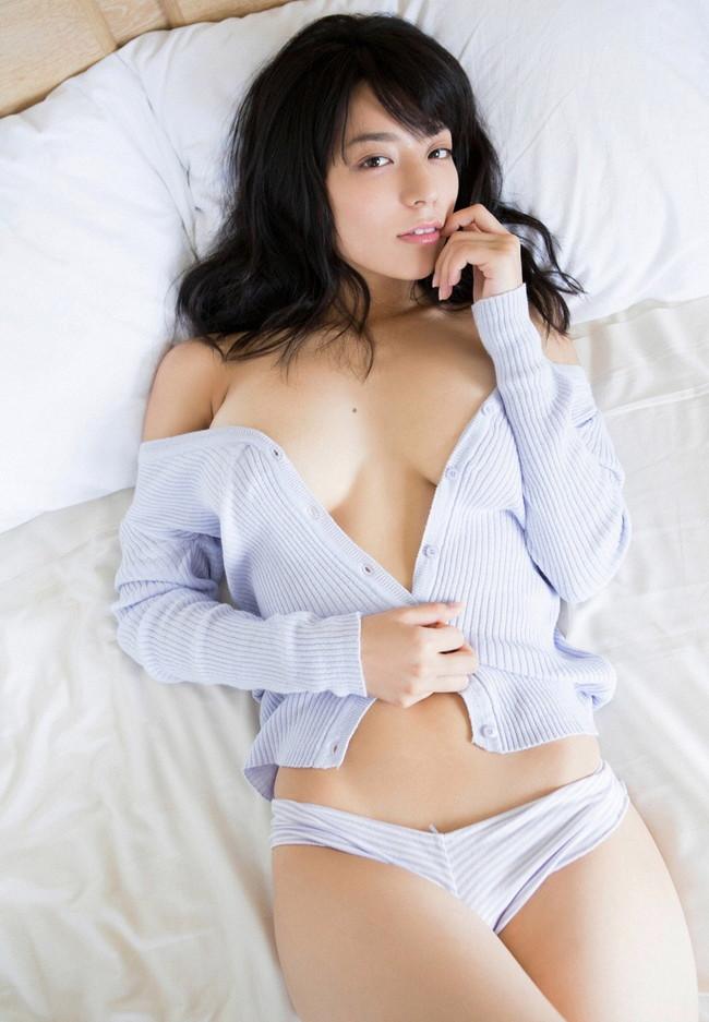 【おっぱい】Fカップの巨乳とパーフェクトスタイルを持ち合わせているグラビアアイドル・小瀬田麻由ちゃんのおっぱい画像がエロすぎる!【30枚】 04