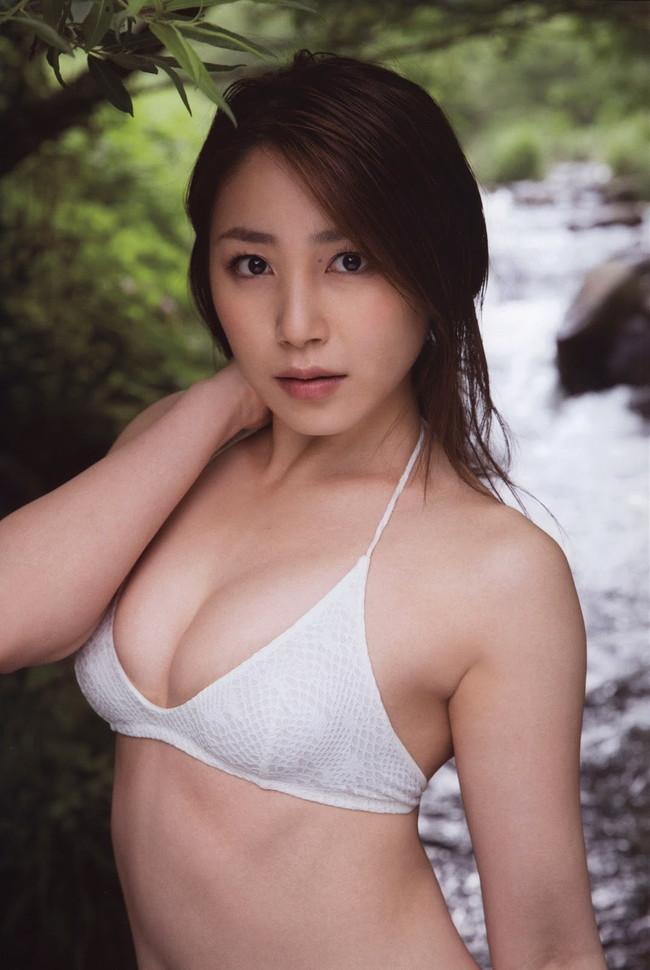 【おっぱい】わがままボディとEカップ巨乳を見せつけてくれている、吉川友ちゃんのおっぱい画像がエロすぎる!【30枚】 22