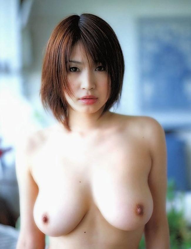 【おっぱい】裸とショートカットがバッチリ似合っちゃっている女の子のおっぱい画像がエロすぎる!【30枚】 05