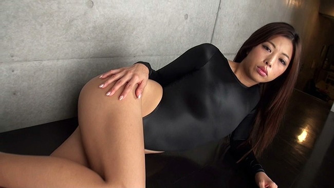 【おっぱい】引き締まった肉体を見せつける!マッスル系グラビアアイドルのあおい夏海ちゃんの画像がエロすぎる!【30枚】 17