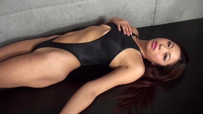 【おっぱい】引き締まった肉体を見せつける!マッスル系グラビアアイドルのあおい夏海ちゃんの画像がエロすぎる!【30枚】 25