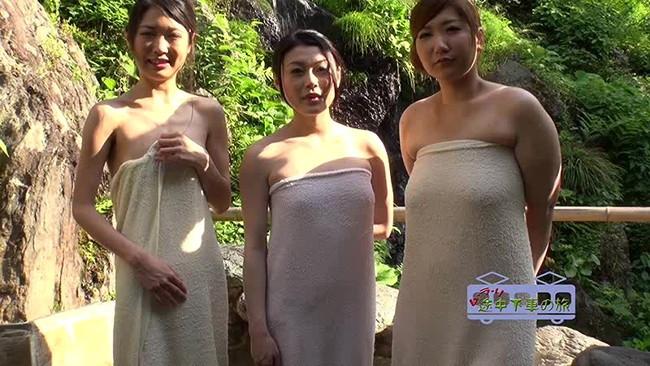 【おっぱい】お風呂のバスタオルで体を包む女の人のおっぱい画像がエロすぎる【30枚】 06
