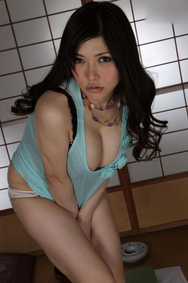 【おっぱい】Kカップの爆乳でおっぱい好きを魅了している、沖田杏梨ちゃんの大きなおっぱい画像がエロすぎる!【30枚】 20