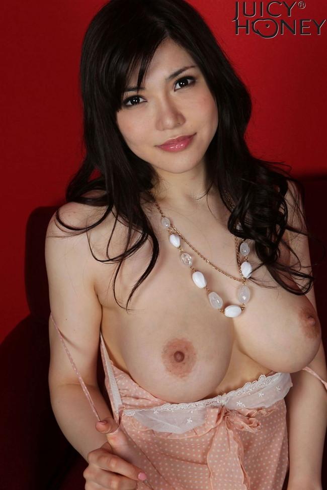 【おっぱい】Kカップの爆乳でおっぱい好きを魅了している、沖田杏梨ちゃんの大きなおっぱい画像がエロすぎる!【30枚】 23