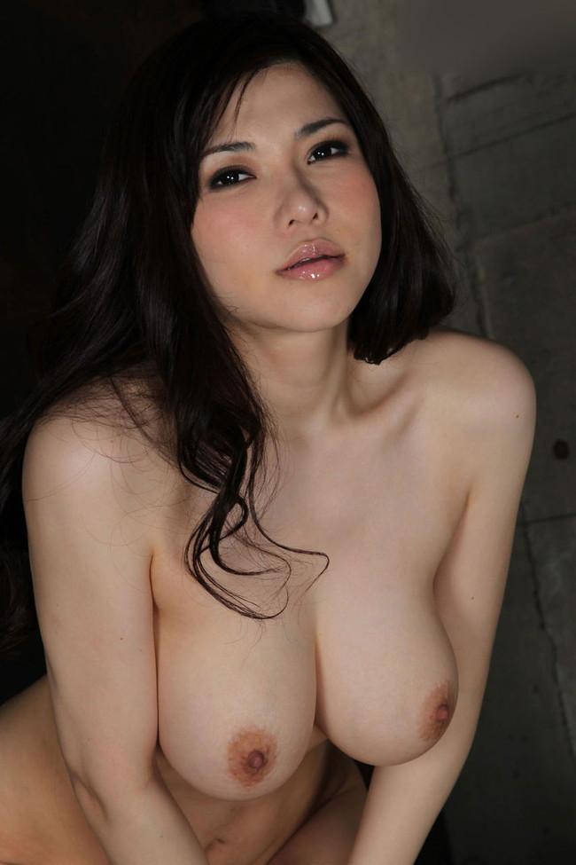 【おっぱい】Kカップの爆乳でおっぱい好きを魅了している、沖田杏梨ちゃんの大きなおっぱい画像がエロすぎる!【30枚】 25