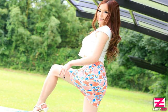 【おっぱい】タイトなミニスカートを履いているエロすぎる女の子のおっぱい画像【30枚】 06