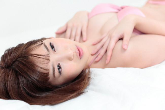 【おっぱい】大胆発言で大注目を浴びているグラビアアイドルの夏目花実ちゃんのおっぱい画像がエロすぎる!【30枚】 05