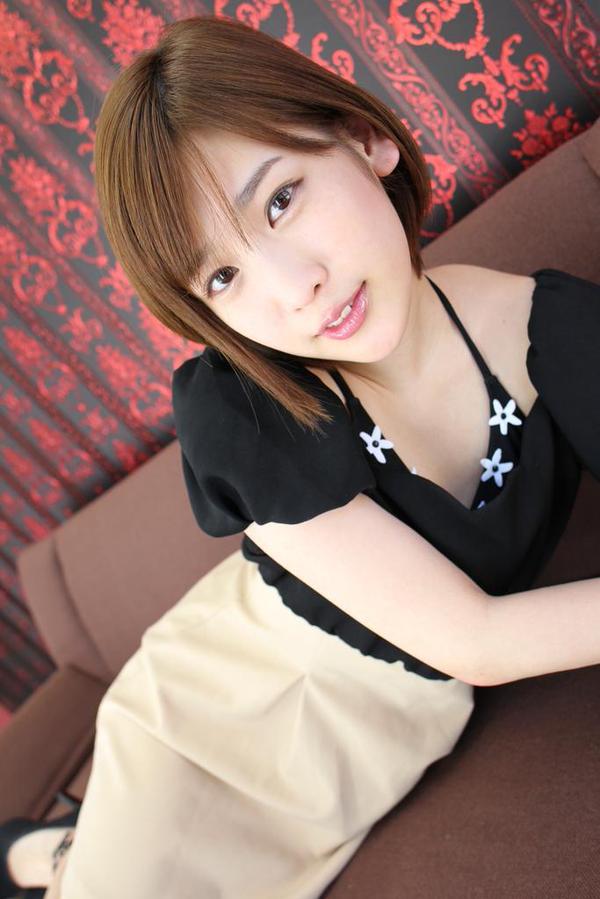 【おっぱい】大胆発言で大注目を浴びているグラビアアイドルの夏目花実ちゃんのおっぱい画像がエロすぎる!【30枚】 22