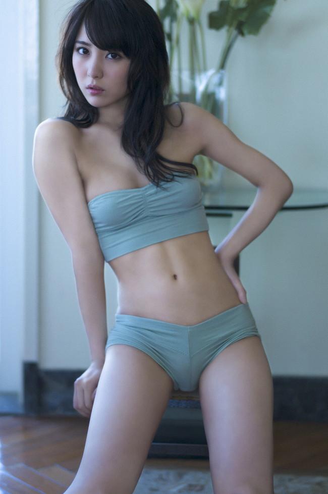 【おっぱい】ビリギャルの表紙モデルで一躍話題になったナイスプロポーションの石川恋ちゃんの画像がエロすぎる!【30枚】 01