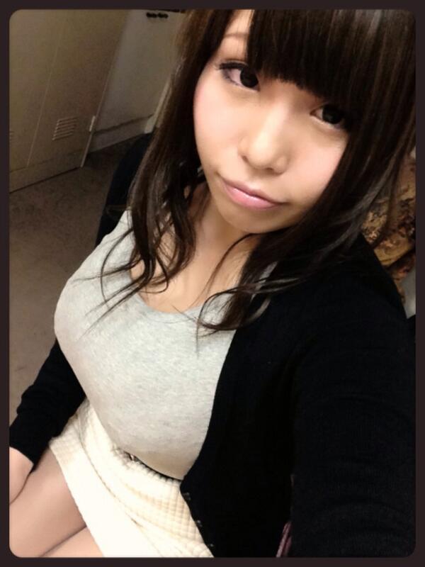 【おっぱい】Hカップのロケットおっぱいでエッチなことをしまくっている西川りおんちゃんのおっぱい画像がエロすぎる!【30枚】 29