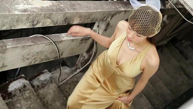 【おっぱい】隠れたGカップバストは迫力満点!ファッションモデルとして活躍中の岡田紗佳ちゃんのおっぱい画像がエロすぎる!【30枚】 19