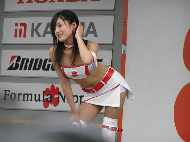 【おっぱい】ミニスカートを履いている状態でエッチな状態になっちゃっている女の子のおっぱい画像がエロすぎる!【30枚】 21