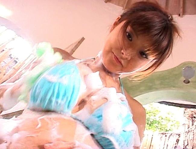 【おっぱい】魅惑のHカップボディと、セクシーフェロモン全開!魅力いっぱいの花井美理ちゃんのおっぱい画像がエロすぎる!【30枚】 18