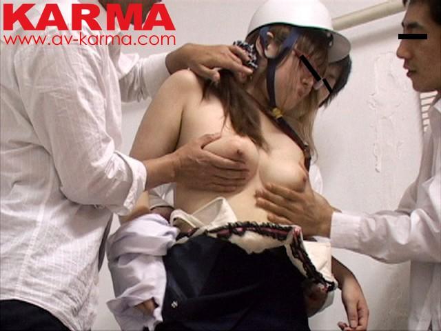【おっぱい】学校の行き帰りで襲われてしまったヘルメット少女たちの画像【30枚】 06