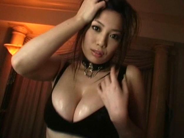 【おっぱい】癒し系の大人の女性!Iカップの豊満なバストを持つグラビアアイドル・石川真琴ちゃんのおっぱい画像がエロすぎる!【30枚】 28