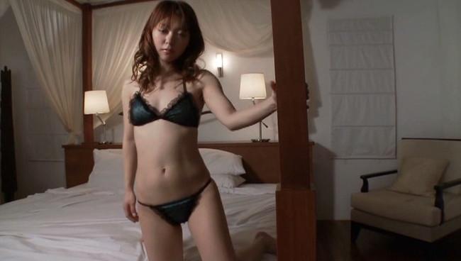 【おっぱい】元Folder5のメインボーカリスト・女優・バラエティでも活躍していた・AKINAちゃんの画像がエロすぎる!【30枚】 27