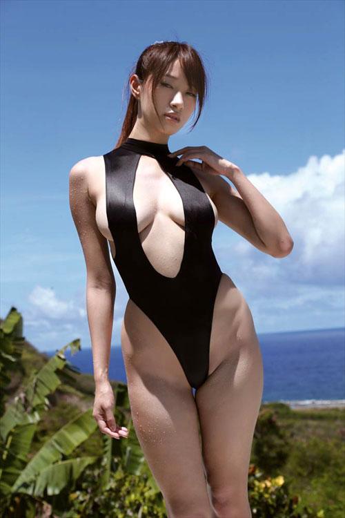 【おっぱい】170cmオーバーな高身長な女性のエロすぎるおっぱい画像【30枚】 28