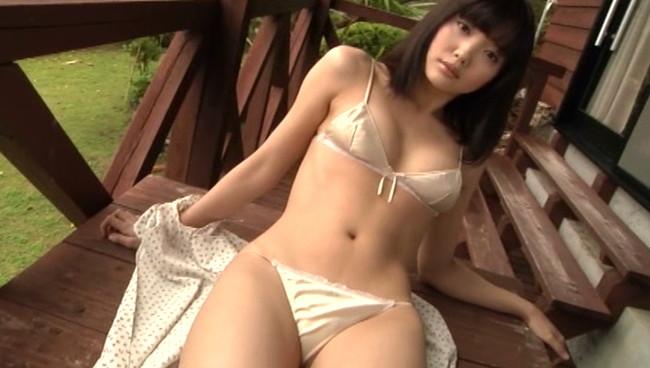 【おっぱい】青森なまりがたまらない!日テレジェニック2007に選出されたグラビアアイドル・一戸愛子ちゃんのおっぱい画像がエロすぎる!【30枚】 08