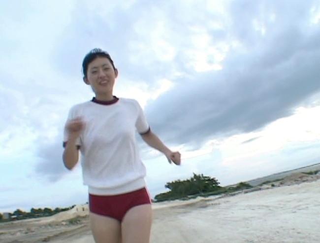 【おっぱい】第1回「ミスFLASH」グランプリ獲得!期待の美少女グラビアアイドル・稲生美紀ちゃんのおっぱい画像がエロすぎる!【30枚】 20
