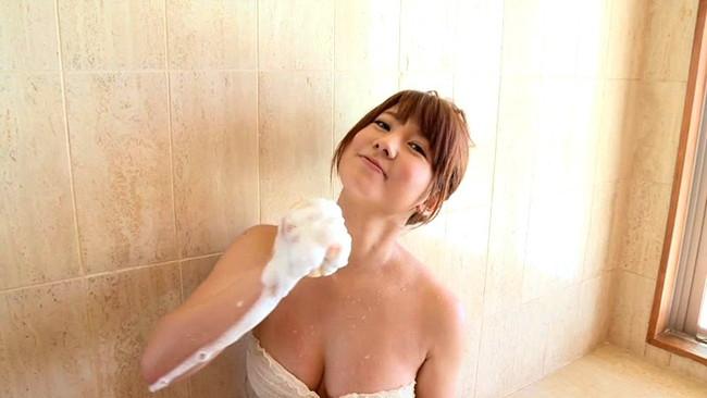 【おっぱい】親しみやすいちょいギャルな雰囲気を持つ童顔でかわいいFカップ乳の今緒ちゃんのおっぱい画像がエロすぎる!【30枚】 25