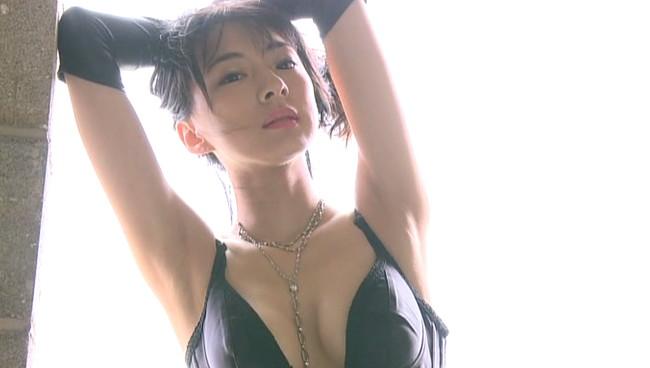 【おっぱい】大人の色気!どんどんキレイになっていく!清楚なお姉さま女優・梅宮万紗子さんのおっぱい画像がエロすぎる!【30枚】 26