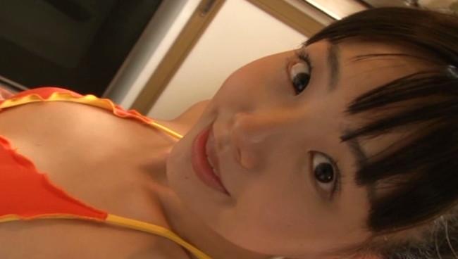 【おっぱい】妹系で大人気で活躍していた美少女グラビアアイドル・上原真央ちゃんのおっぱい画像がエロすぎる!【30枚】 27