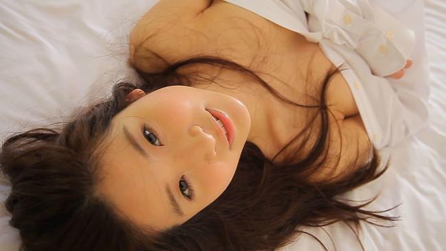 【おっぱい】普段の何気ない仕草やシチュエーションが妙にセクシー!Gカップグラドル兼女優・江口亜衣子ちゃんのおっぱい画像がエロすぎる!【30枚】 10