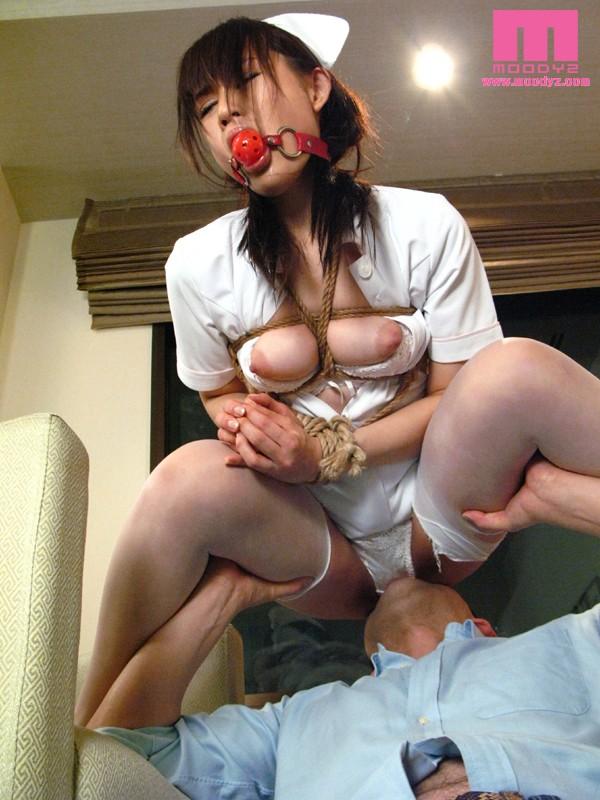 【おっぱい】口枷、猿ぐつわを付けられて犯されている女の子のエロすぎるおっぱい画像【30枚】 07