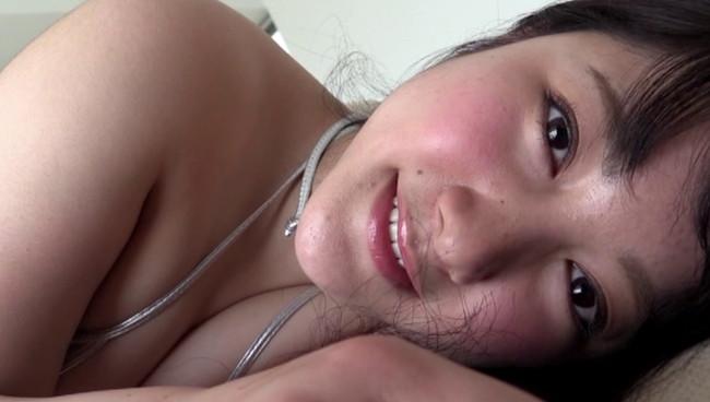 【おっぱい】ツヤツヤの黒髪と色白の肌、クリクリとした瞳が印象的な超美人グラビアアイドルの大野ゆいちゃんのおっぱい画像がエロすぎる!【30枚】 09