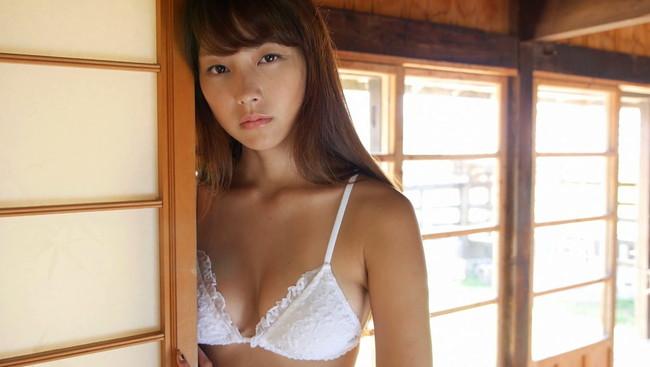 【おっぱい】オトナの魅力も大躍進!リアルに胸キュンしてる等身大の女のコを演じるアイドル・尾島知佳ちゃんのおっぱい画像がエロすぎる!【30枚】 23