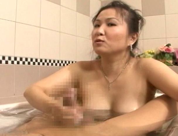 【おっぱい】五十路四十路セックス職人たちの性態集!セックスに依存した昭和ヤリまんさせまん熟女のおっぱい画像がエロすぎる!【30枚】 15
