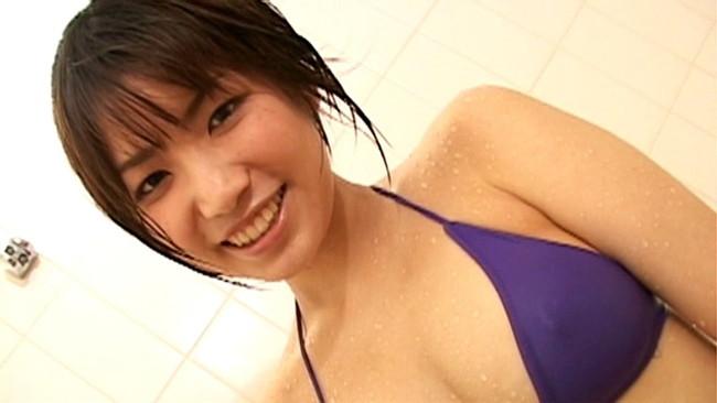 【おっぱい】TVでお馴染みのキュート&セクシーなお姉さま!巨乳グラビアアイドル・大崎由希ちゃんのおっぱい画像がエロすぎる!【30枚】 29