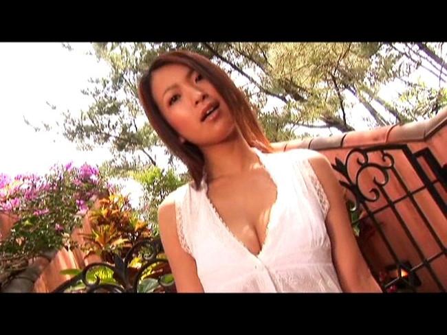 【おっぱい】キラキラ輝く太陽みたいな笑顔と弾けるボディが魅力的!Gカップグラビアアイドル・大城美和ちゃんのおっぱい画像がエロすぎる!【30枚】 26