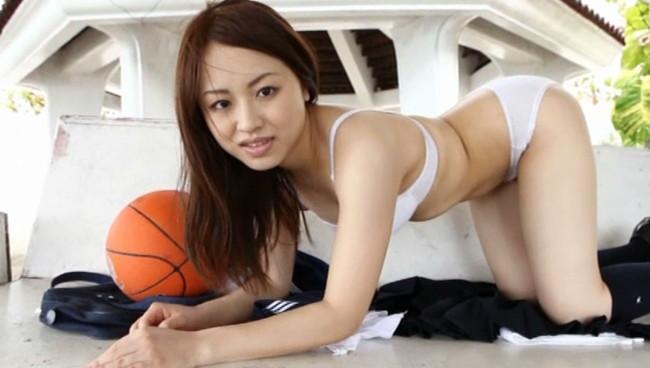 【おっぱい】隠し持っていたエリートFカップを大胆公開!元NHKアナウンサー・大西蘭ちゃんのおっぱい画像がエロすぎる!【30枚】 09