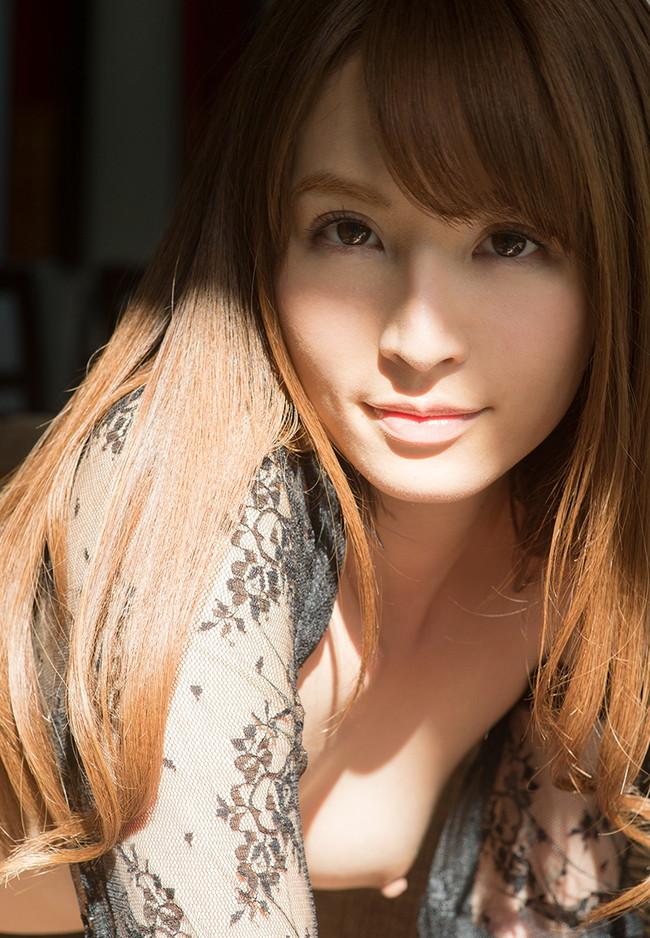 【おっぱい】スタイル抜群!綺麗な顔立ちと美しく整ったおっぱいに魅了されちゃう、AV女優の大橋未久ちゃんのおっぱい画像がエロすぎる!【30枚】 13